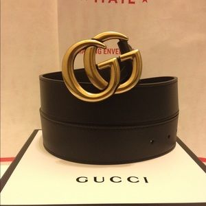 Gucci black leather double g buckle belt